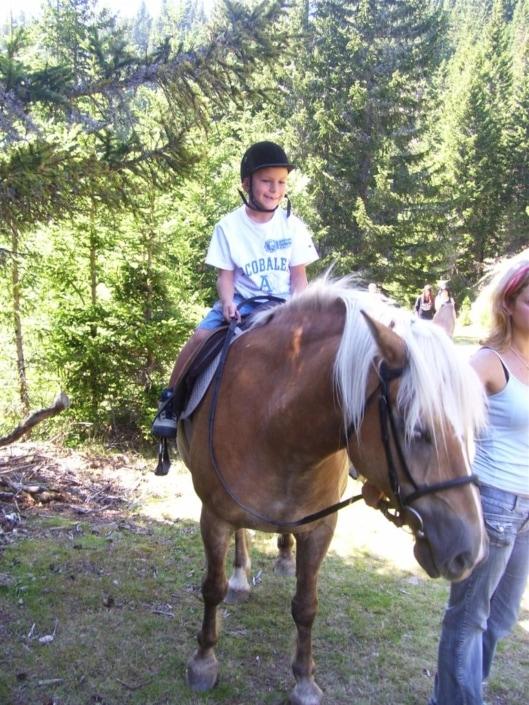 Urlaub mit Familie Reiten Bergsommer