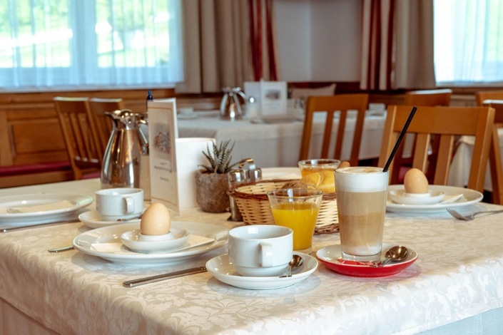 Frühstück im Hotel Hochegger am Klippitztörl