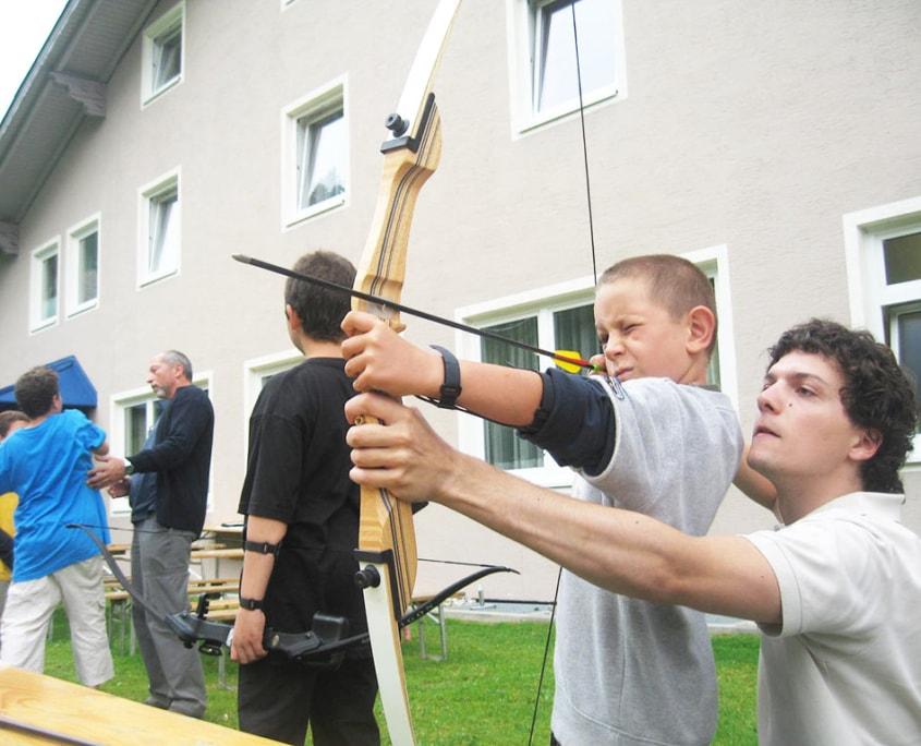Bogenschießen Familienprogramm Klippitztörl Kärnten Hotel Hochegger