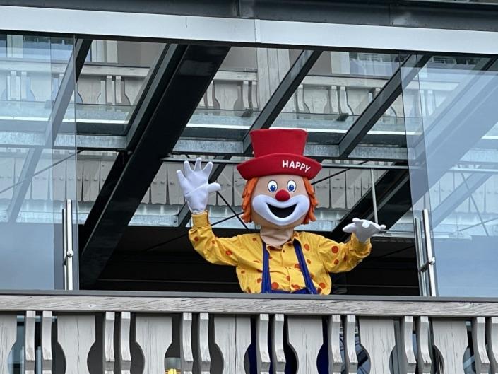Clown Happy, Hotel Hochegger, Terrasse