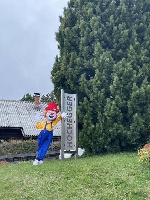 Clown Happy, Hotel Hochegger