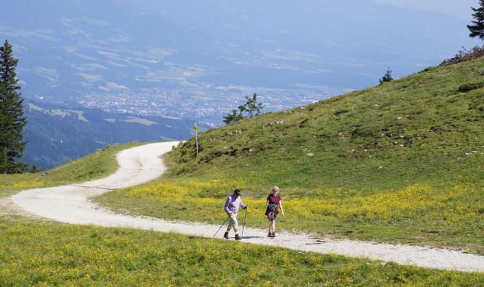 Wandern im Sommer in Kärnten am Klippitztörl und Nächtigung im Hotel Hochegger mit 4 Sternen.