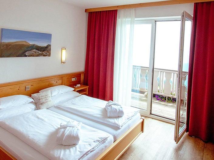 Zimmer Hotel Hochegger mit Terrasse